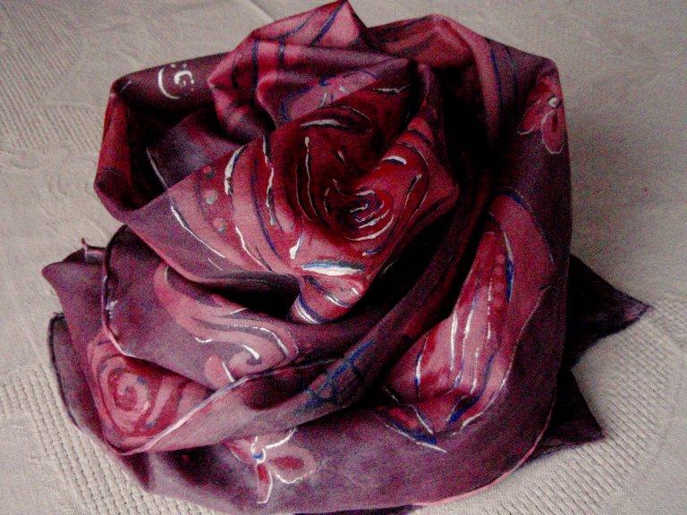 Originální fialovo červená hedvábná šála 11d9aececc